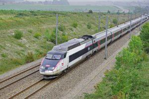 Eine der großen Herausforderungen, waren besonders robuste Teleskopschienen für den TGV